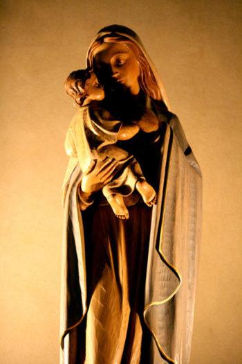 aria rituel du bouquet à la vierge mariage église bénédiction messe