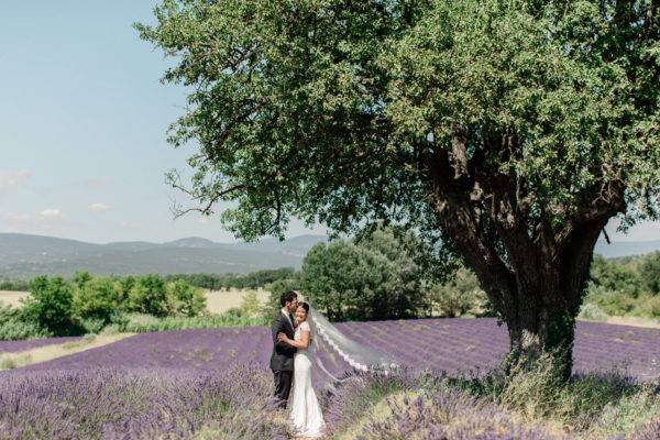 lavenders elopement in Provence Luberon South East France celebrant ceremony