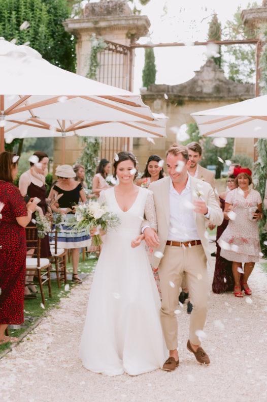 aria laique ceremonie officiant vaucluse mariage provence recession