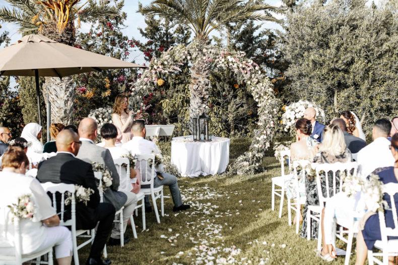 aria décor cérémonie laïque marrakech mariage aria officiante