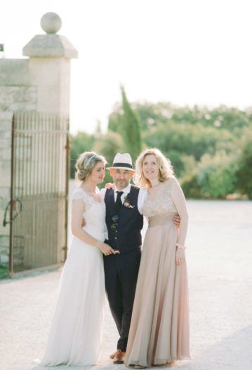 aria French english speaking wedding celebrant south of France Provence officiant singer ariane douguet