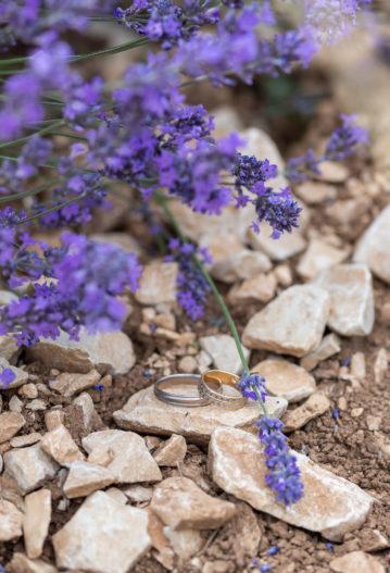 alliances mariage intime elopement en Provence aria