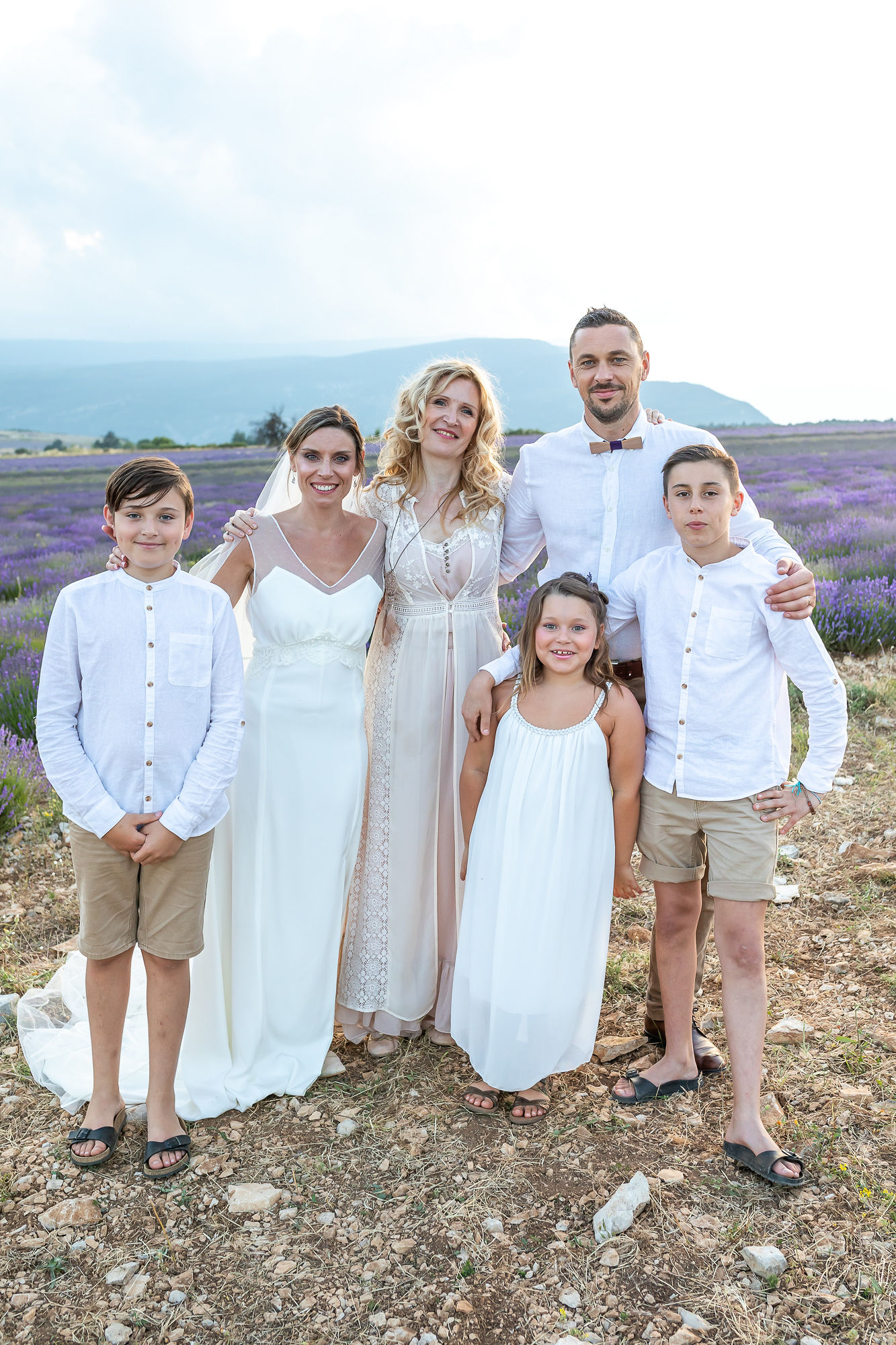 elopement in Provence with the french officiant singer Ariane Douguet and a family vow renewal